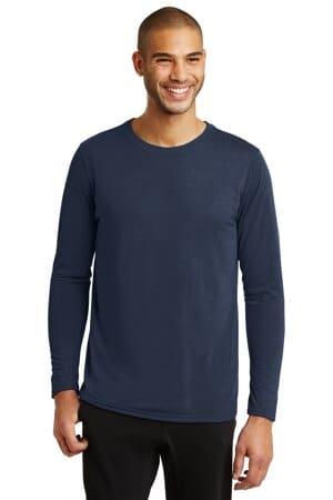 42400 gildan performance long sleeve t-shirt