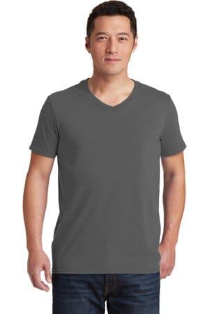64V00 gildan softstyle v-neck t-shirt