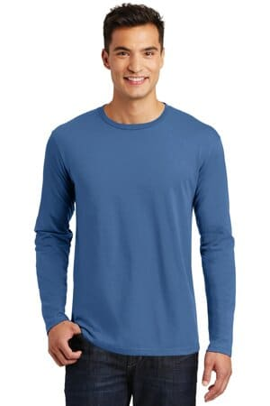 DT105 district perfect weight long sleeve tee