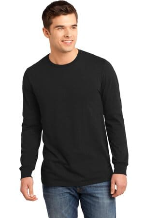 district-young mens the concert tee long sleeve dt5200