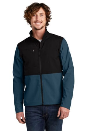 NF0A552Z the north face castle rock soft shell jacket