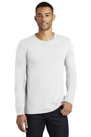NKBQ5232 nike core cotton long sleeve tee nkbq5232