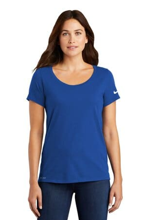 nike ladies dri-fit cotton/poly scoop neck tee nkbq5234